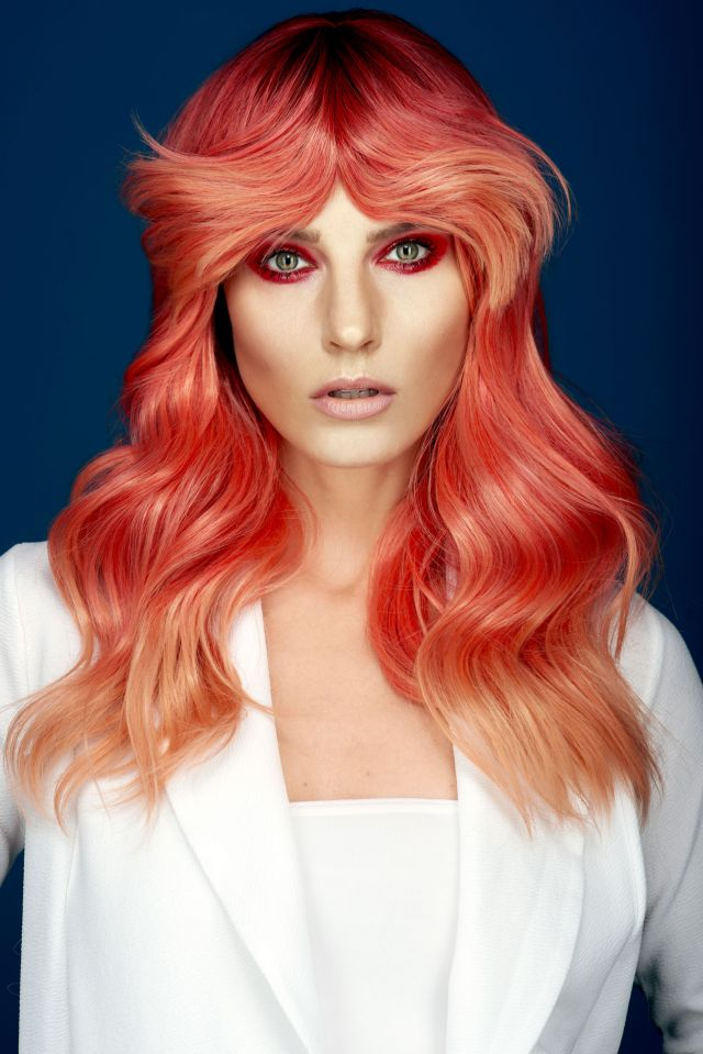 Pigments Collection Hair – Darrel Starkey-Gettings Assistant – Saffron Burton Photographer – Dan Thomas Photography Makeup – Aimee Garner Mentor & Studio – Daniel Granger Products – Denman & Affinage