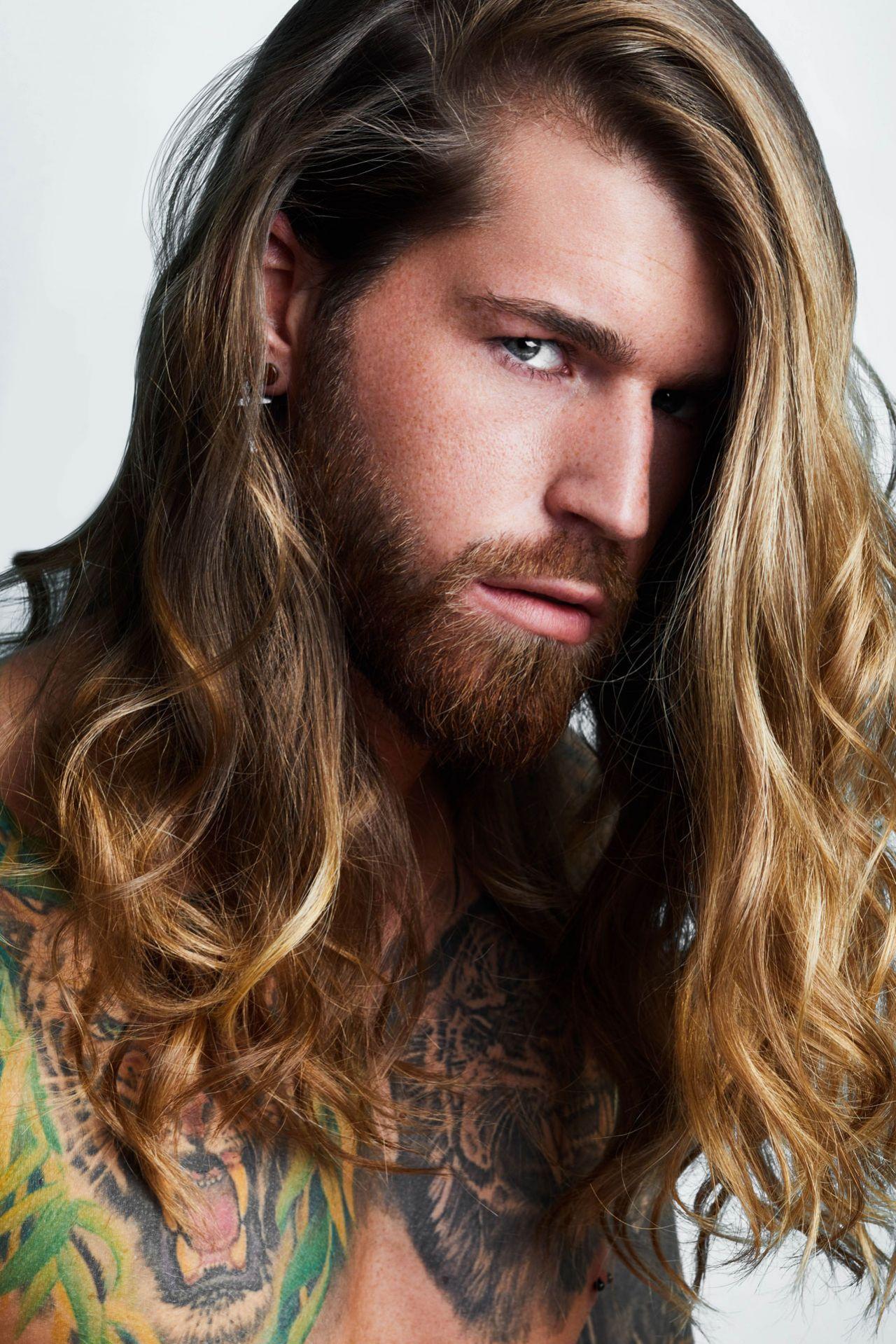Männer langhaarfrisur Haarpflege Männer