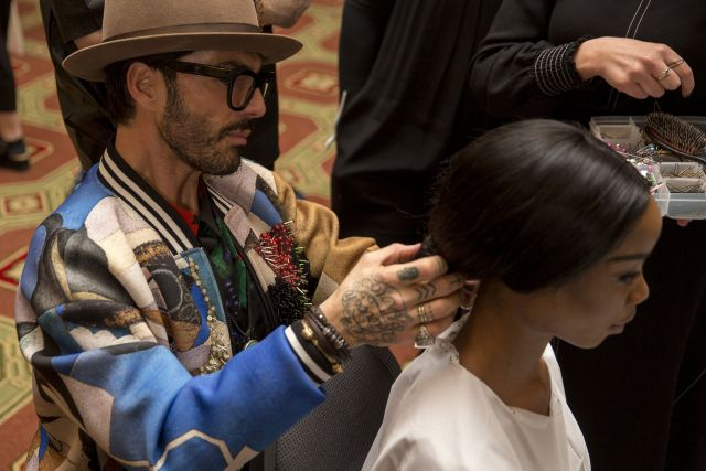 London Fashion Week Kristian Aadnevik Herbst/Winter 2018 Hair Design by Moroccanoil Global Ambassador Antonio Corral Calero  Fotos: Naomi Gray Mathur for Moroccanoil